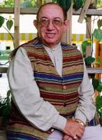 День рождения известного современного писателя Дэниела Киза