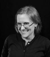 День рождения американской писательницы Лилит Сэйнткроу