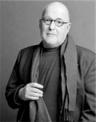 День рождения американского писателя Майкла Грубера